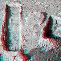 Upper Cupboard an Sol 142 in 3D
